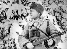 Западный фронт. Комиссар 1073 гв. стр. полка П.В.Логвиненко