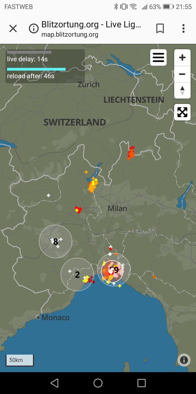 Il sito web Blitzortung.org in versione Android consente di monitorare in tempo reale l'abbattersi di fulmini su un'area a piacere fra quelle proposte