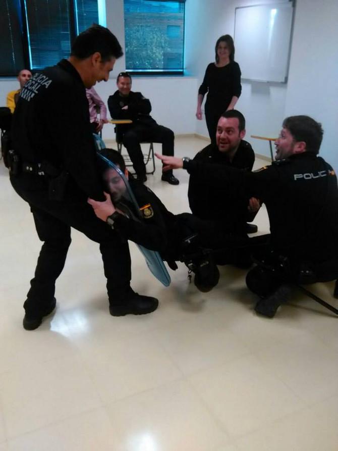 Policia Nacional y Salud Mental