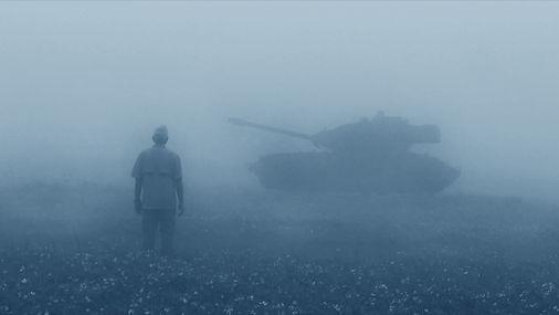 Dave with tank (bw) copy 3.jpg