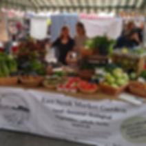 _bowhousefife market today! Taking a bre