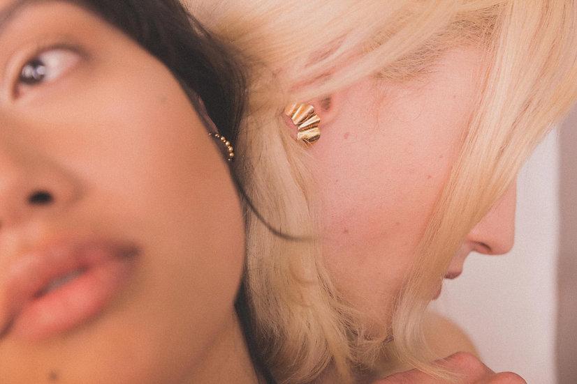 Apollina Ear Climber Gold