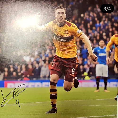 Louis Moult signed Photograph - No 9