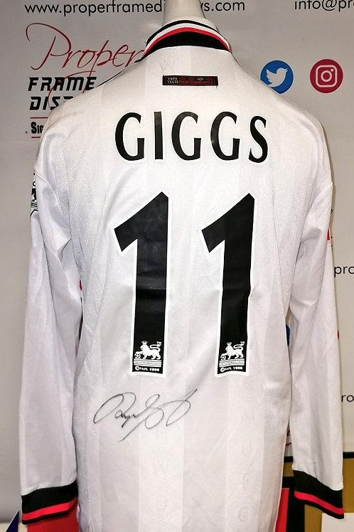 Ryan Giggs signed shirt
