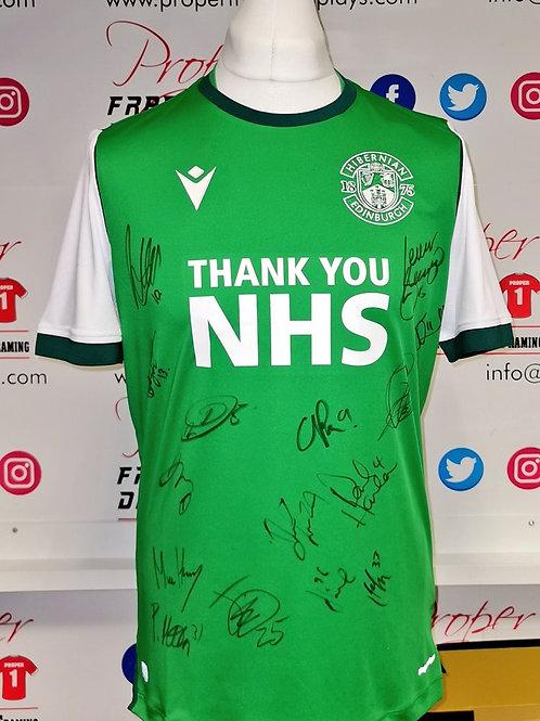 Squad signed Hibernian shirt
