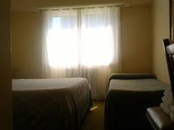 Habitación mat. + 1 cama