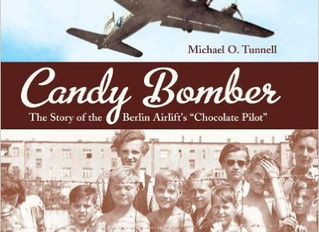 """Candy Bomber: The Story of the Berlin Airlift's """"Chocolate Pilot""""-- Book Review"""