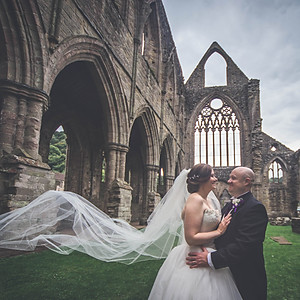 Amanda and Graeme Wedding