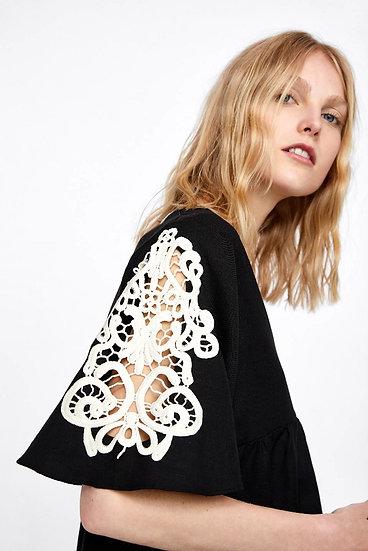 Blusa de linho bordada Zara - G M
