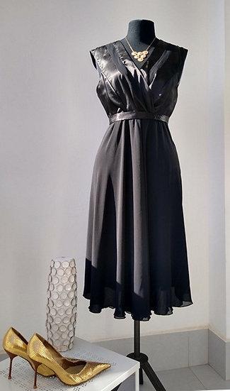 Vestido de festa preto curto Rubinella - 48