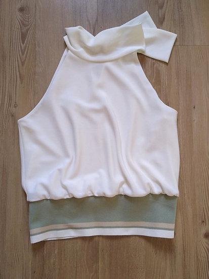 Blusa com cintura sanfonada Lia Moraes - G