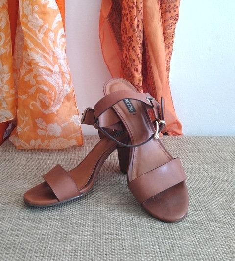 Sandália de tiras Arezzo - 35