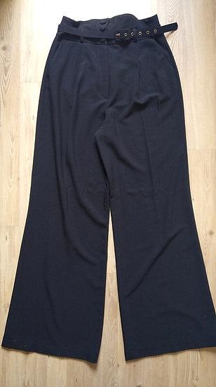 Pantalona preta byNV - GG G
