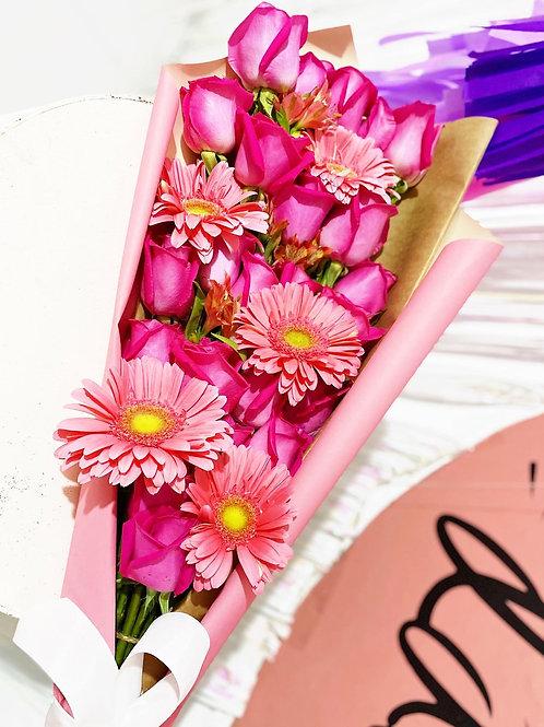 Rosas con gerberas