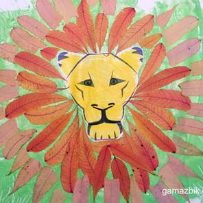 Lew – Farby z mąki i liście