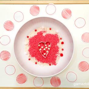 Zabawa sensoryczna dwukolorowa – Biały i czerwony