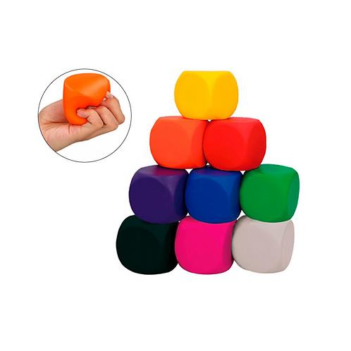 Figura antiestrés de poliuretano en forma de cubo con aroma a vainilla.