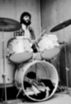 Ringo Starr with 1967 Ludwig Hollywood kit recording B. B. King Live In London. Gary Astridge historian.