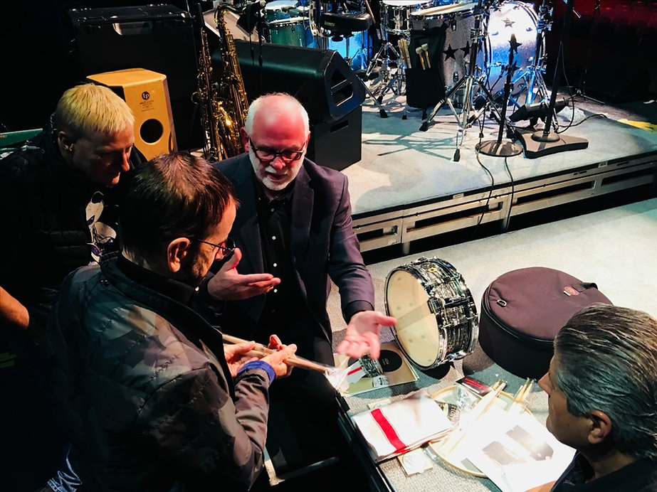 Historian Gary Astridge talking drums with Ringo. Gregg Bissonette & Jeff Chonis listen in.