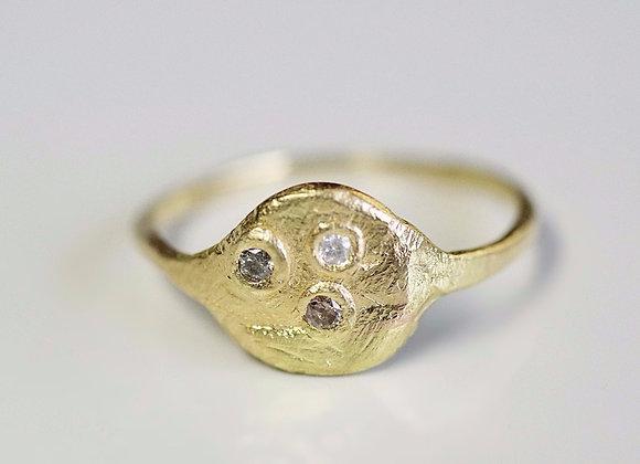 Water Full Moon Ring / Three Wishes Diamonds