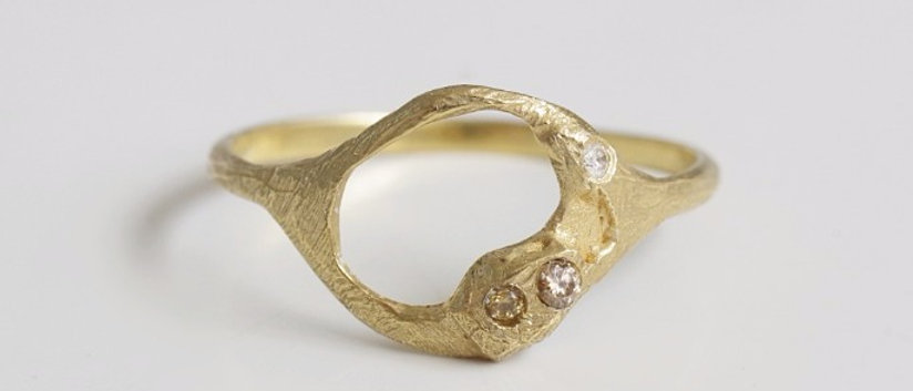 Water Crescent Moon Ring / Three Wishes Diamonds