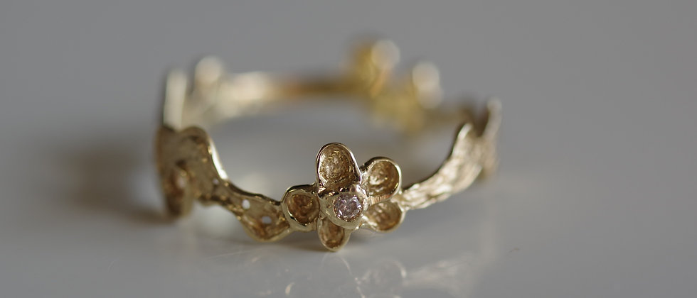 V-Shape Flower Lace Ring
