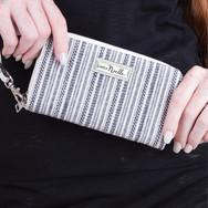 Simply Noelle Wallets