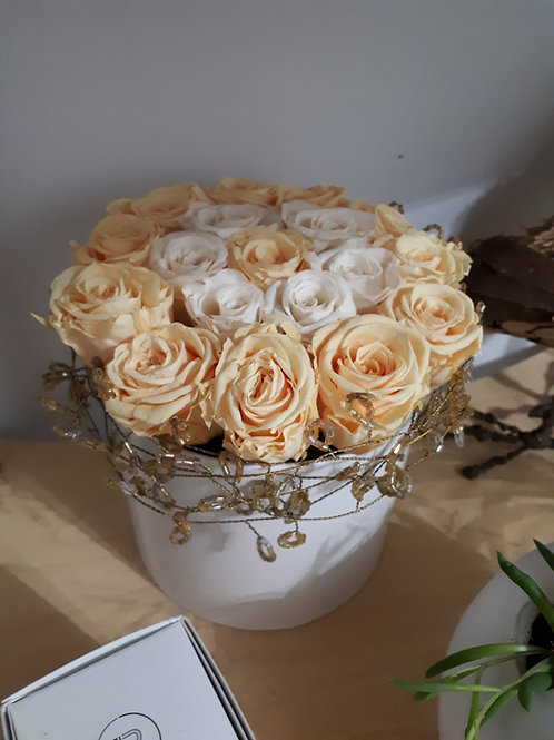 Yellow and white forever roses