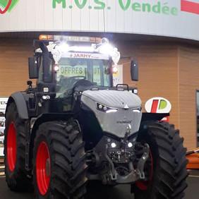 Le FENDT 1042 version Black Beauty