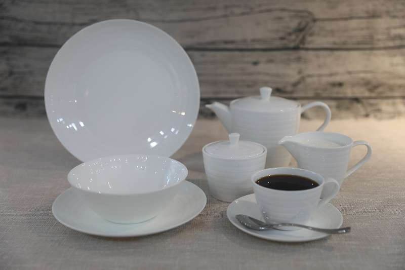 Elite Tableware