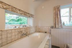 Superior Room (Private Bathroom)