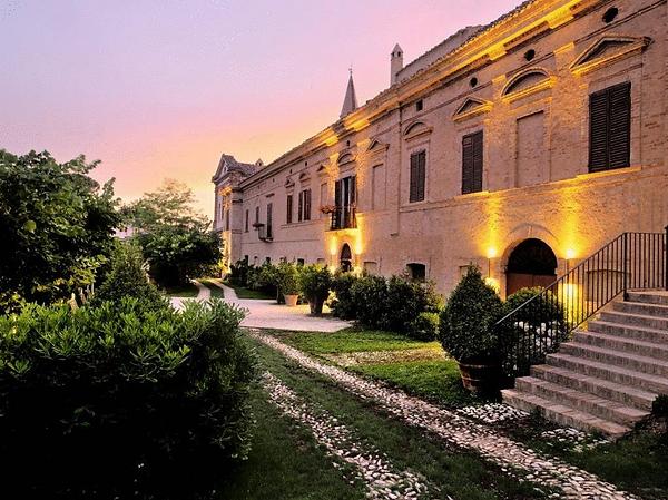 Castello D.png