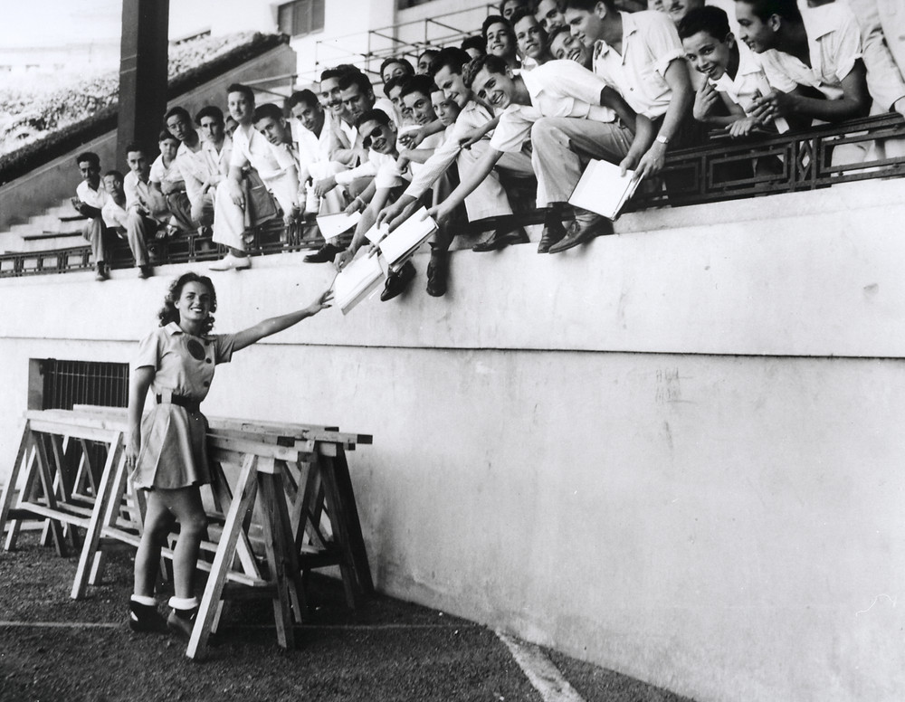 Mrs. America Fredda Acker, member of the South Bend Blue Sox, in Havana during spring training