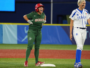 Mexico Shuts Out Italy