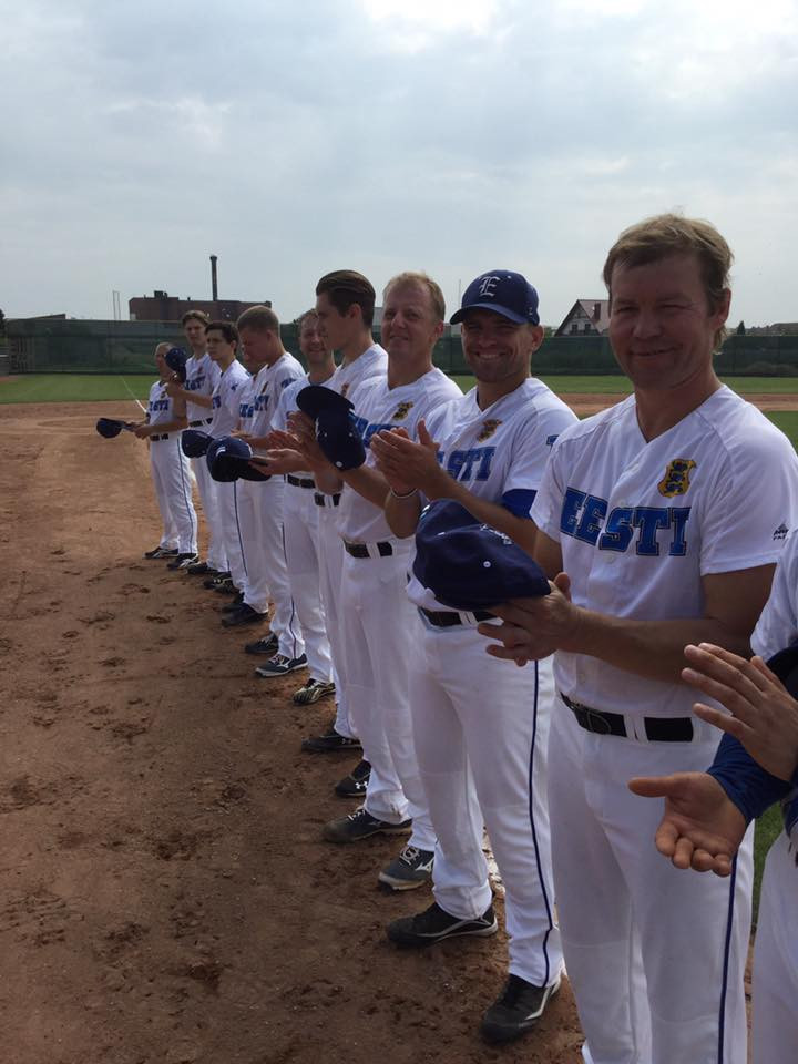 Baseball is serious business european baseball softball emery has played for the stuttgard reds in german baseball bundesliga one of europes premiere leagues team poland sciox Images