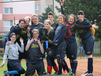 European Softball Faces Challenges