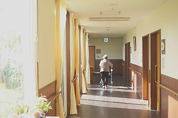 明るい廊下.jpg