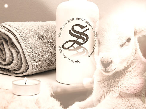 Spa%20Staples%20Lamb%20Skin%20Body%20Wash_edited.jpg