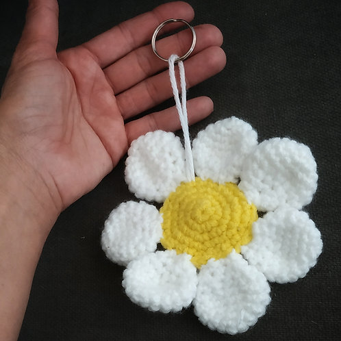 מחזיק מפתחות פרח גדול