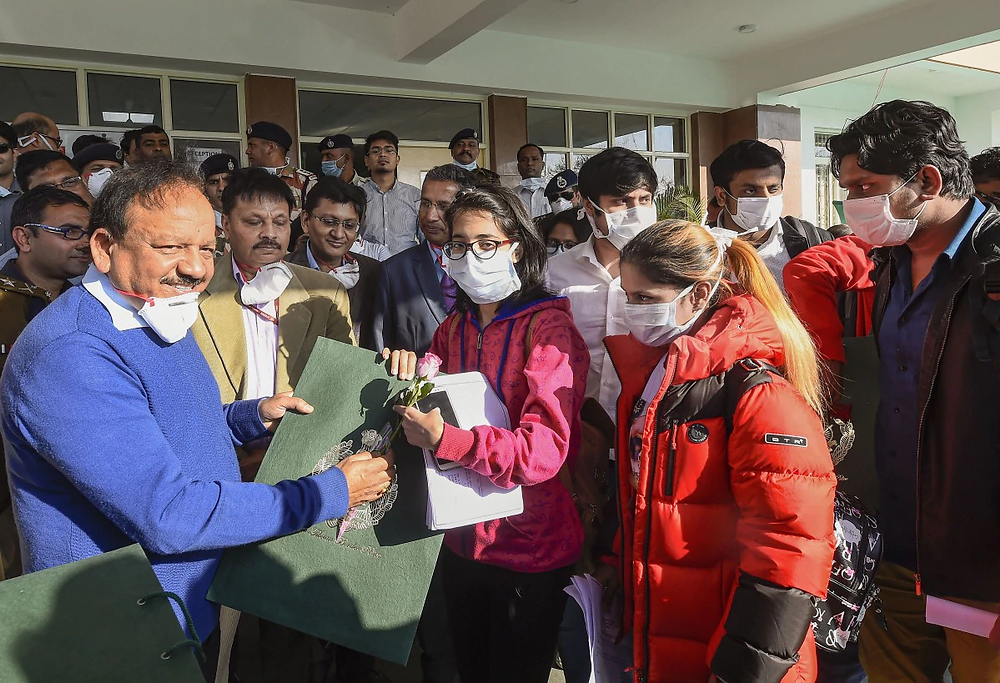 Harsh Vardhan interacting with Indian students