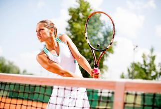 Tennisplätze (gegen Gebühr und Voranmeldung)