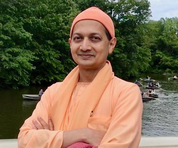 Swami_Sarvapriyananda_profile.jpg