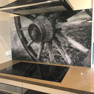 Printed Splashback - wagon wheel