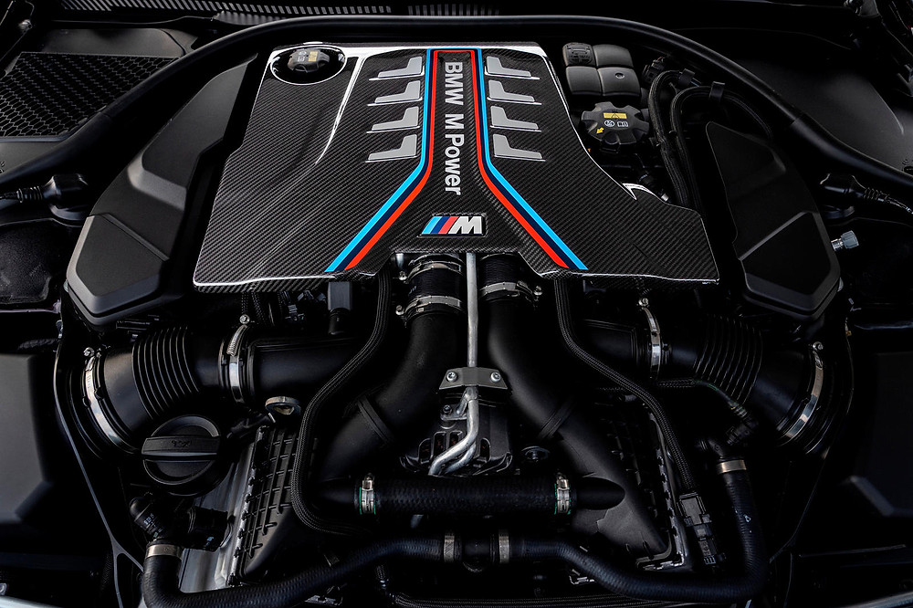 BMW M8 Engine