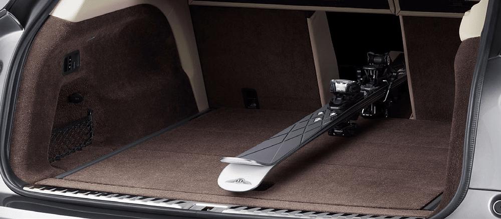 Bentayga 2021 484-litre boot