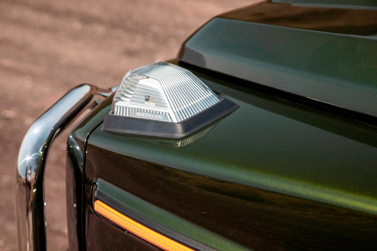 Mercedes G-Class Indicator