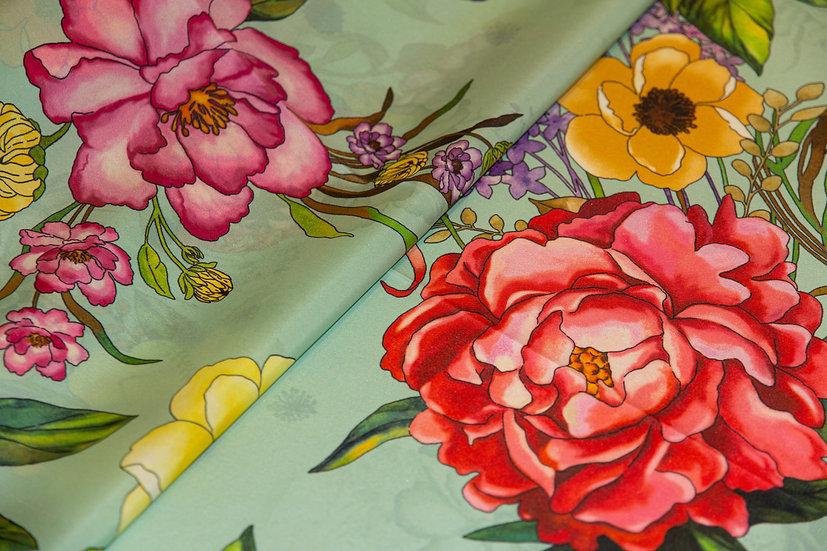 Seide, salbei mit Blumen und Streifenbordüre