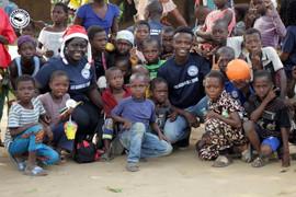 don dans les village