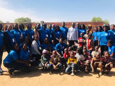 Déjeuner &Remise de don aux enfants Burkina Faso