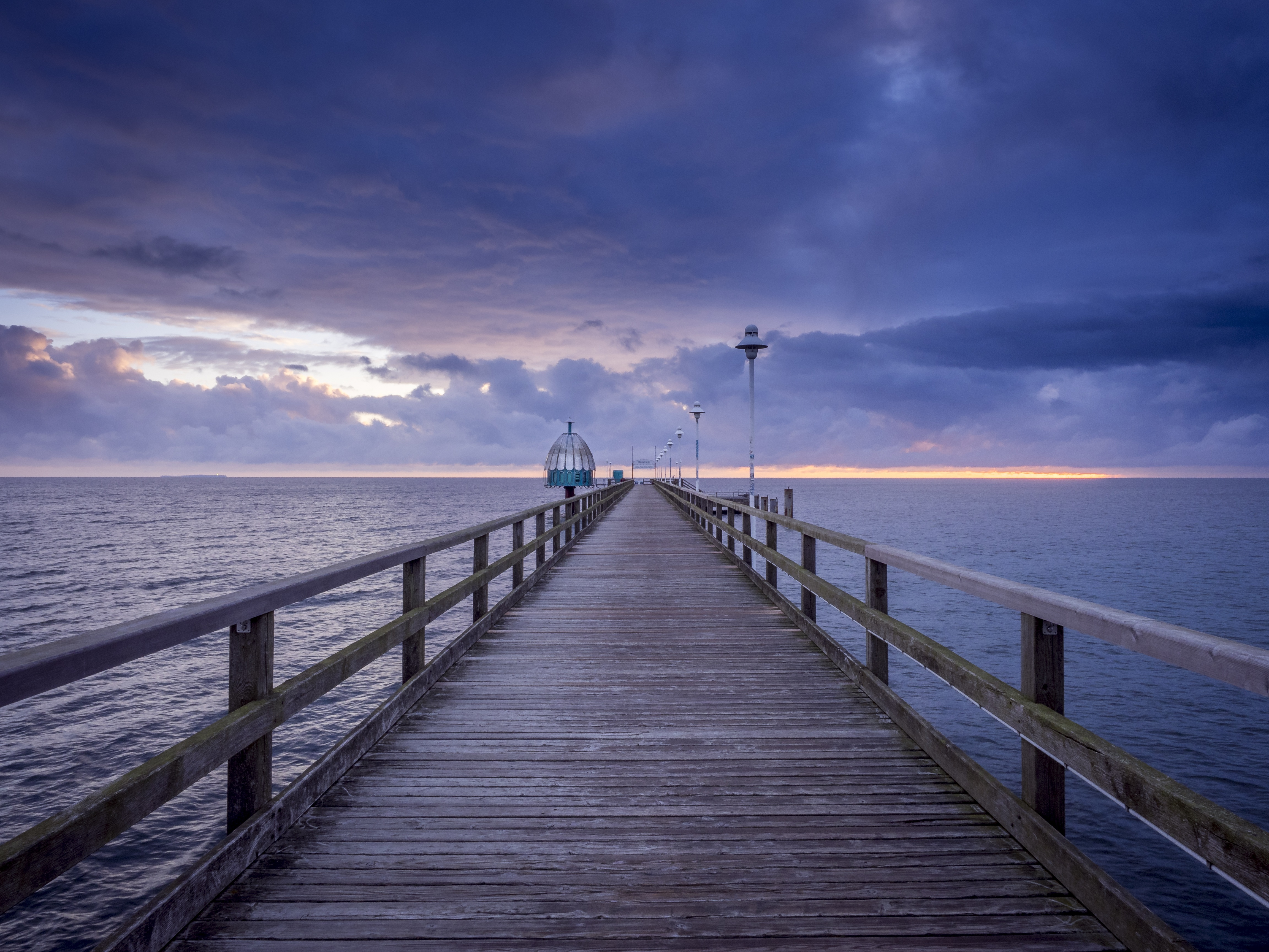 Baltic Sea, Pier